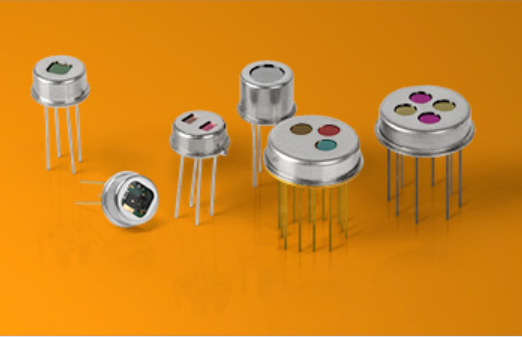 pyroelectric detectors and their applications